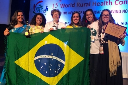 Medical students receive international award