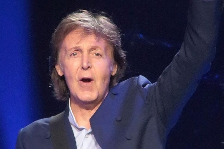 Paul McCartney lança a inédita e diferentona Get Enough; ouça